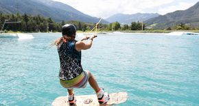 Actionsport-Camps für Wakeboarder und Freerider in der AREA 47