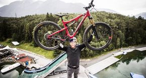 Mountainbike-Superstars zu Gast  in der AREA 47